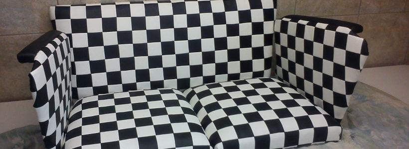 Sofa-Schwarz_Weiß.jpg